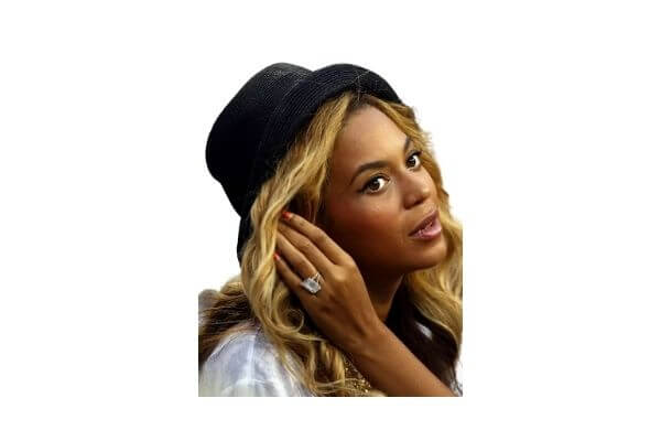 Beyoncé engagement ring from Jay Z